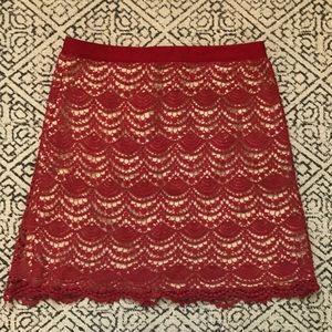 Club Monaco 00 red lace skirt